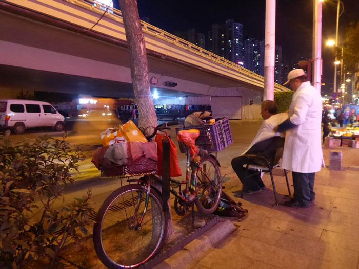 Barbiere di Strada Cinese 2
